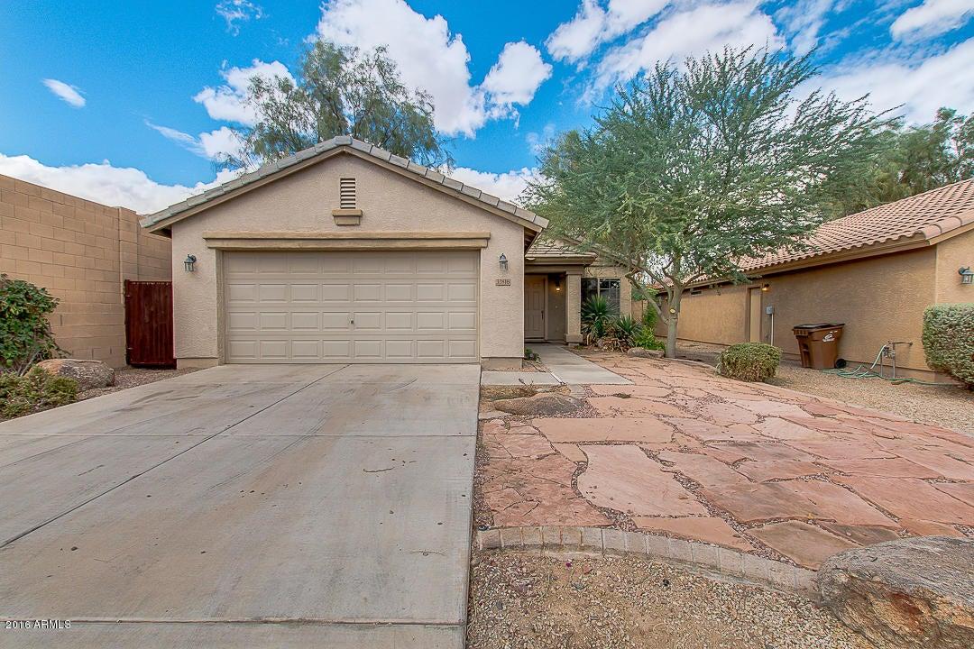 32816 N SANDSTONE Drive, San Tan Valley, AZ 85143