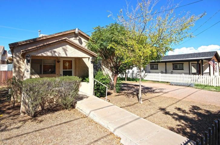 118 E VAUGHN Avenue, Gilbert, AZ 85234