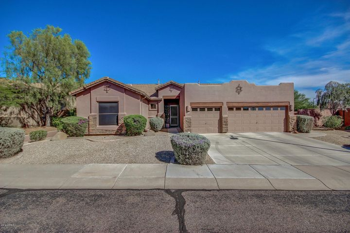 1303 N JOPLIN Circle, Mesa, AZ 85207