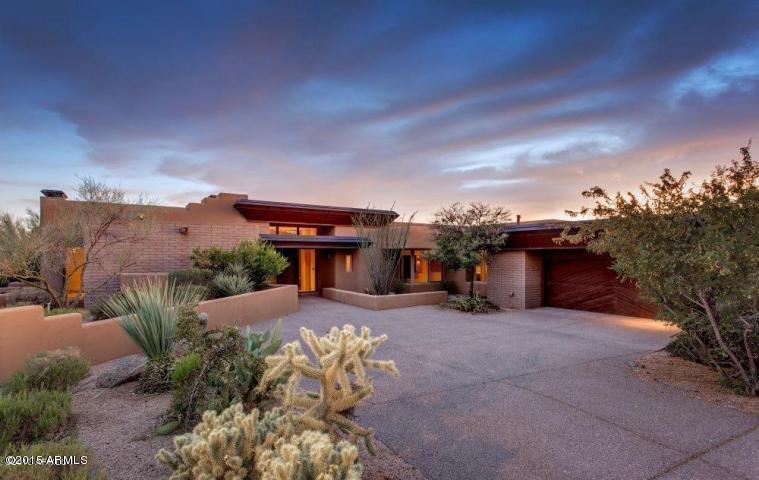 10952 E Graythorn Drive, Scottsdale, AZ 85262