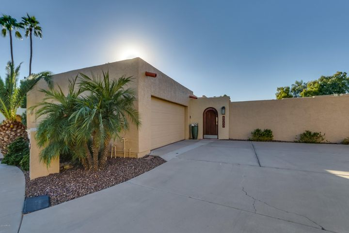 8050 N 72ND Place, Scottsdale, AZ 85258