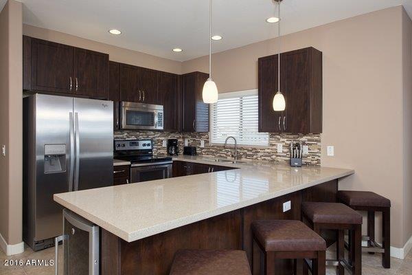 5450 E DEER VALLEY Drive, 2172, Phoenix, AZ 85054