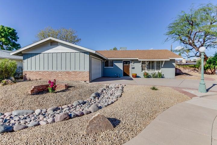 8614 E MALCOMB Drive, Scottsdale, AZ 85250