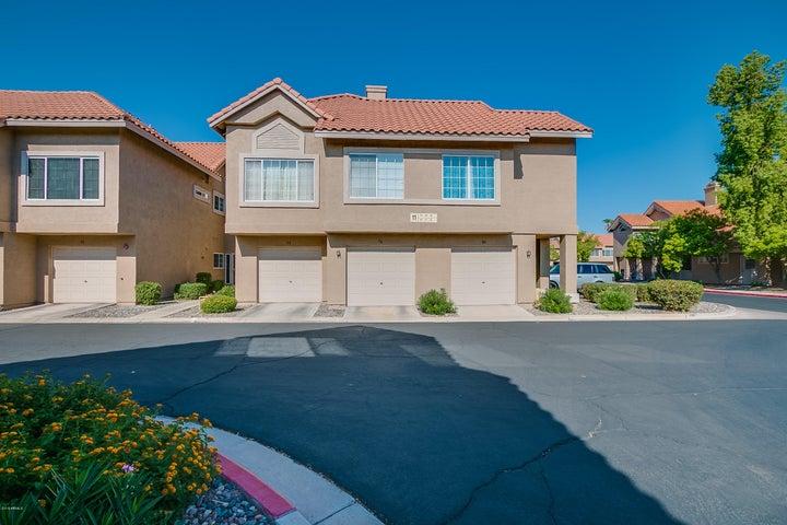 1633 E LAKESIDE Drive, 79, Gilbert, AZ 85234