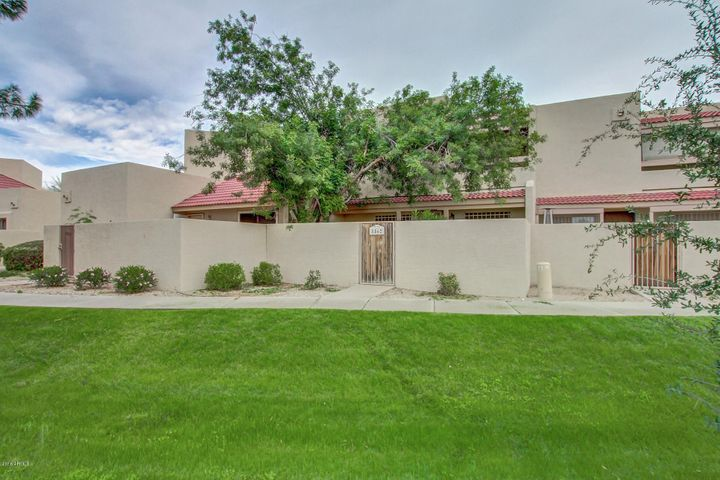 8862 N 47TH Lane, Glendale, AZ 85302