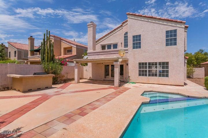 3353 E WOODLAND Drive, Phoenix, AZ 85048