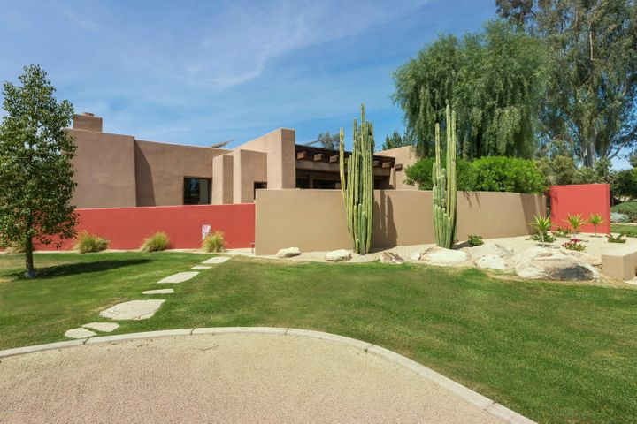 8232 N 74th Place, Scottsdale, AZ 85258