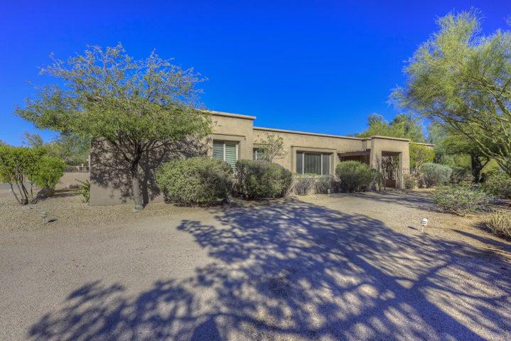 8028 E VIA DE LUNA Drive, Scottsdale, AZ 85255