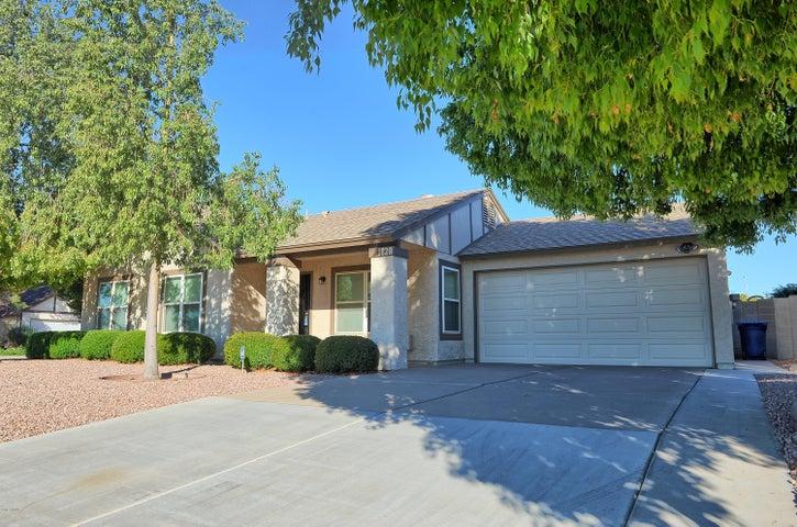1820 W SHAWNEE Drive, Chandler, AZ 85224