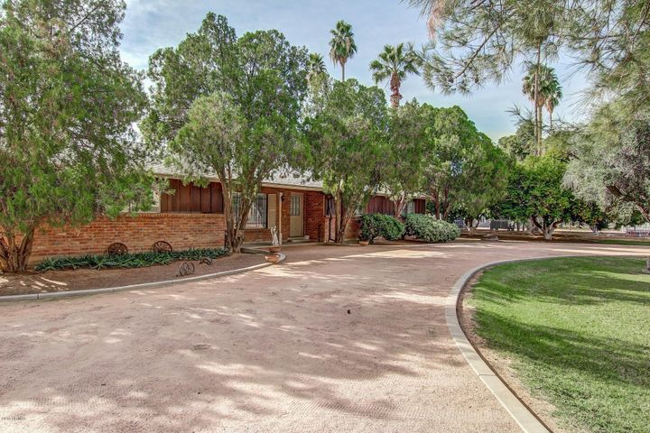 13839 E RAY Road, Gilbert, AZ 85296