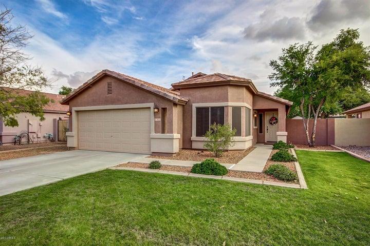 3833 S LOBACK Lane, Gilbert, AZ 85297
