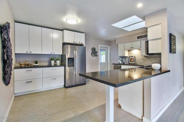 400 W FAIRVIEW Street, Chandler, AZ 85225