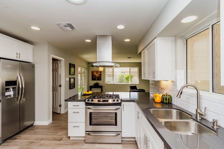Kitchen, new cabinets, quartz, SS appliances