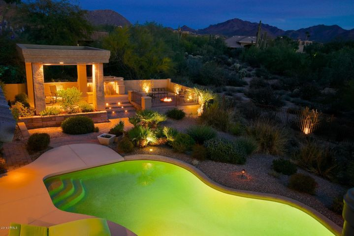 8295 E SULKY Circle, Scottsdale, AZ 85255