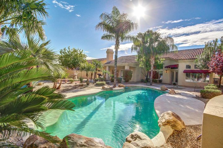 7642 E HARTFORD Drive, Scottsdale, AZ 85255