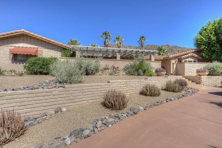 7228 N Red Ledge Drive, Paradise Valley, AZ 85253