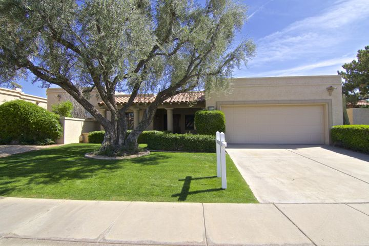 Welcome home to carefree living at Las Palomas on fabled McCormick Ranch. Personal service in a sought-after lakeside, gated community packed with amenities all while enjoying your easy-care home.