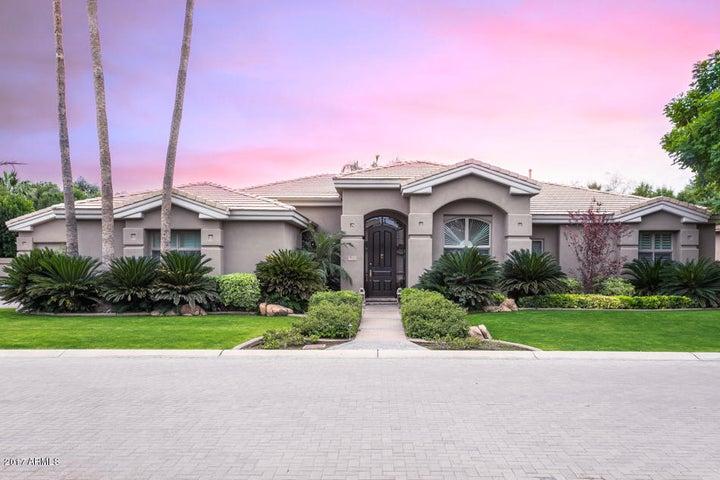 7111 E BALFOUR Road, Paradise Valley, AZ 85253