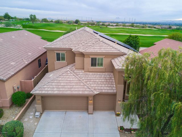 Perfectly situated in McDowell Mountain Ranch. Golf course lot with amazing views, remodeled and ready for it's new owner!