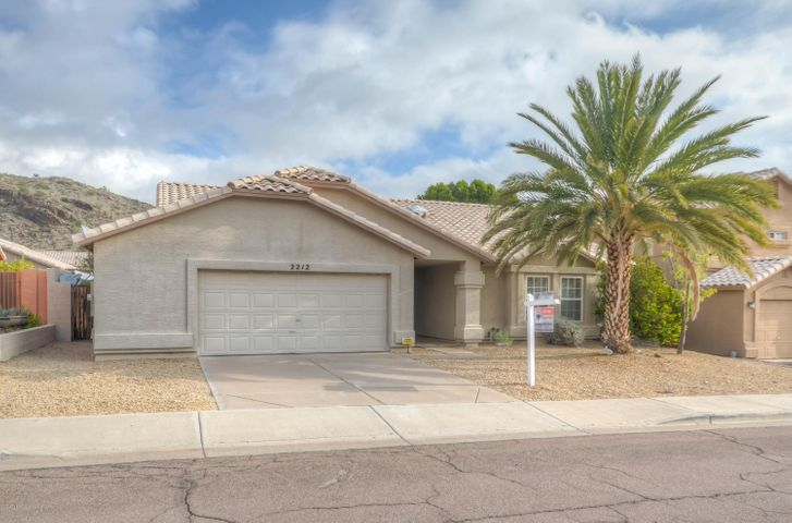 2212 E GRANITE VIEW Drive, Phoenix, AZ 85048