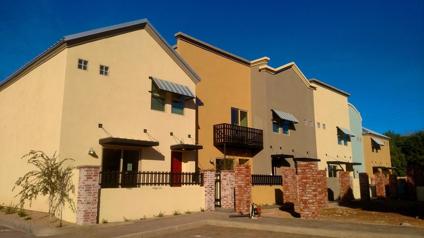 1406 W MAIN Street, 121, Mesa, AZ 85201