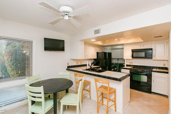 4525 N 66TH Street, 124, Scottsdale, AZ 85251