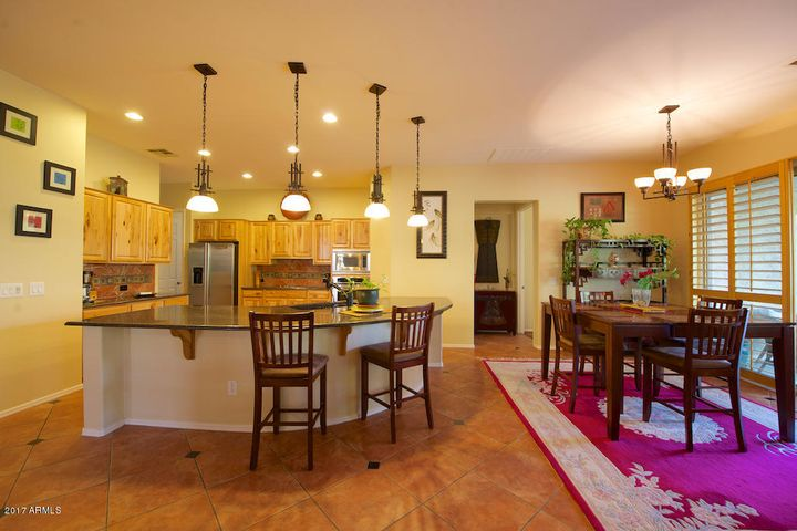 Huge Kitchen Island for Entertaining!