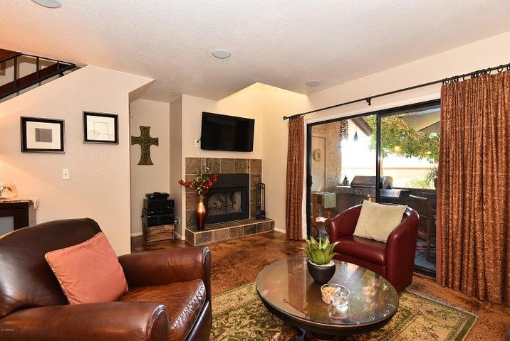 8700 E MOUNTAIN VIEW Road, 1064, Scottsdale, AZ 85258