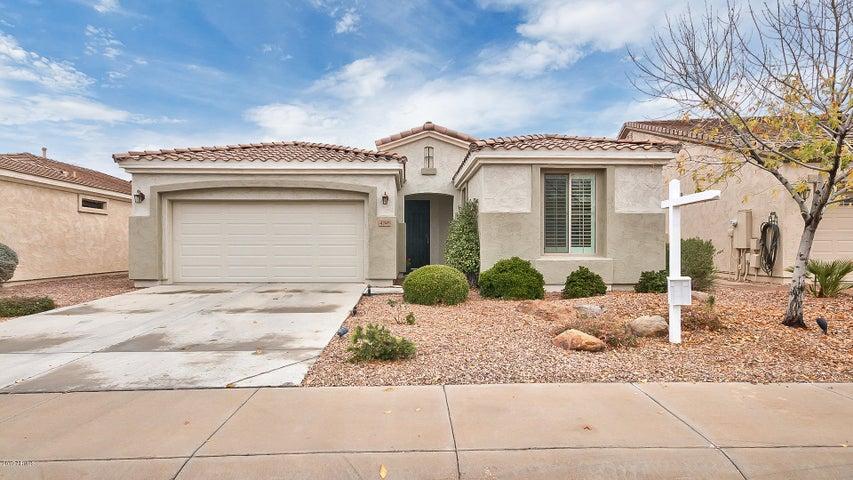 4248 E CAROB Drive, Gilbert, AZ 85298