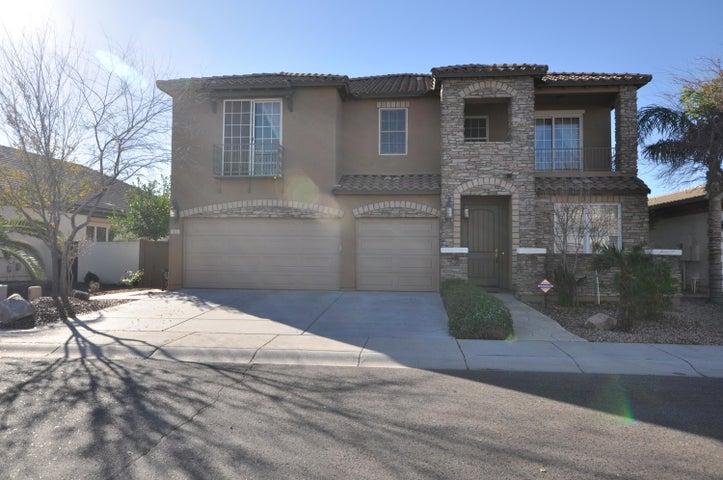 825 E MEAD Drive, Chandler, AZ 85249