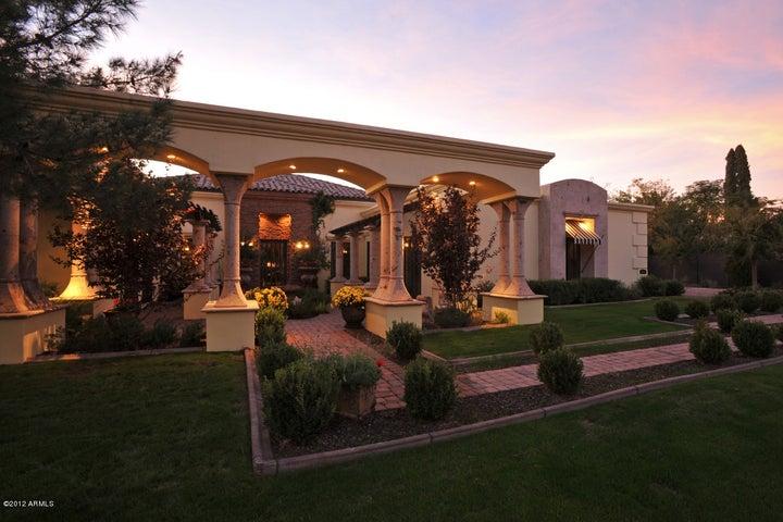 6730 N 7TH Street, Phoenix, AZ 85014
