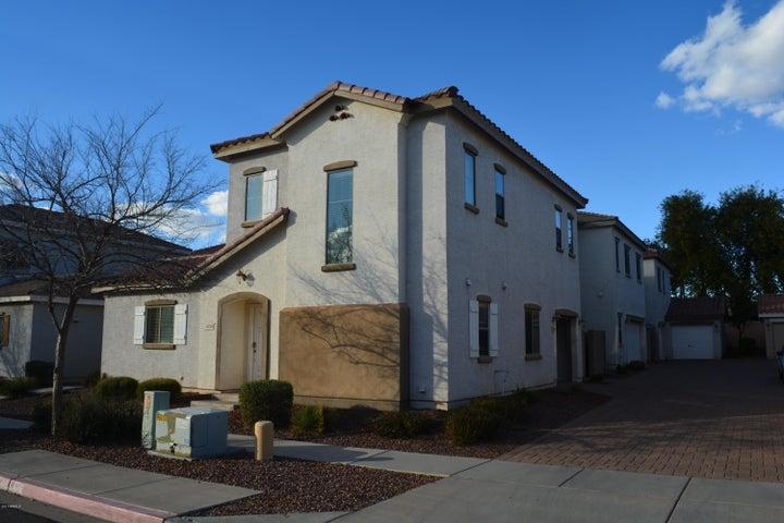 4734 E LAUREL Avenue, Gilbert, AZ 85234