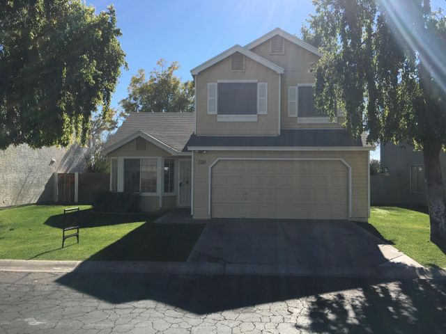 228 S Rush Circle E, Chandler, AZ 85226