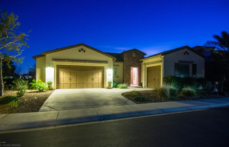 36374 N CRUCILLO Drive, San Tan Valley, AZ 85140