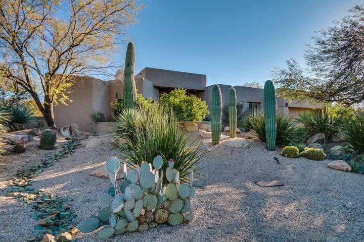 7453 E THORNTREE Drive, Scottsdale, AZ 85266