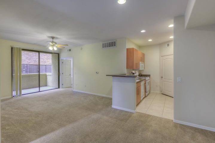 6900 E PRINCESS Drive, 1106, Phoenix, AZ 85054