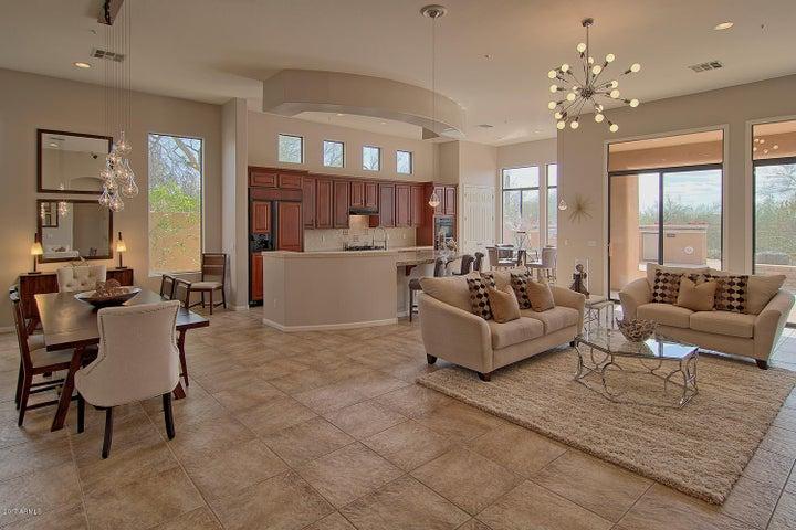 8079 E WINDWOOD Lane, Scottsdale, AZ 85255