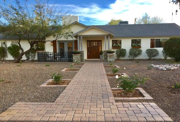 5701 E WINDSOR Avenue, Scottsdale, AZ 85257