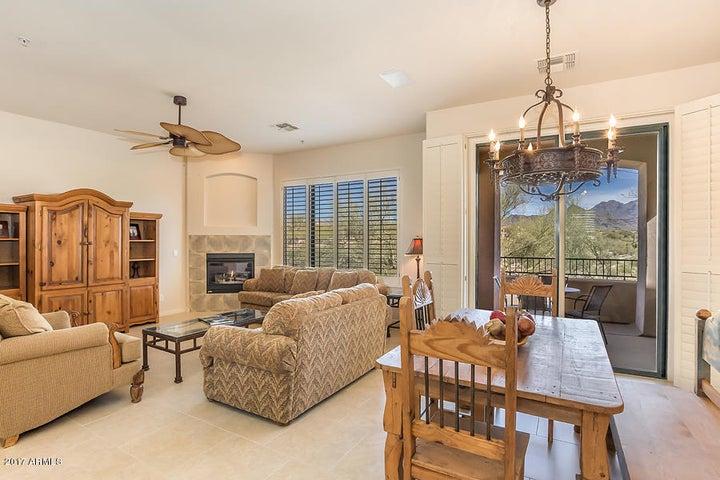 19550 N GRAYHAWK Drive, 2028, Scottsdale, AZ 85255