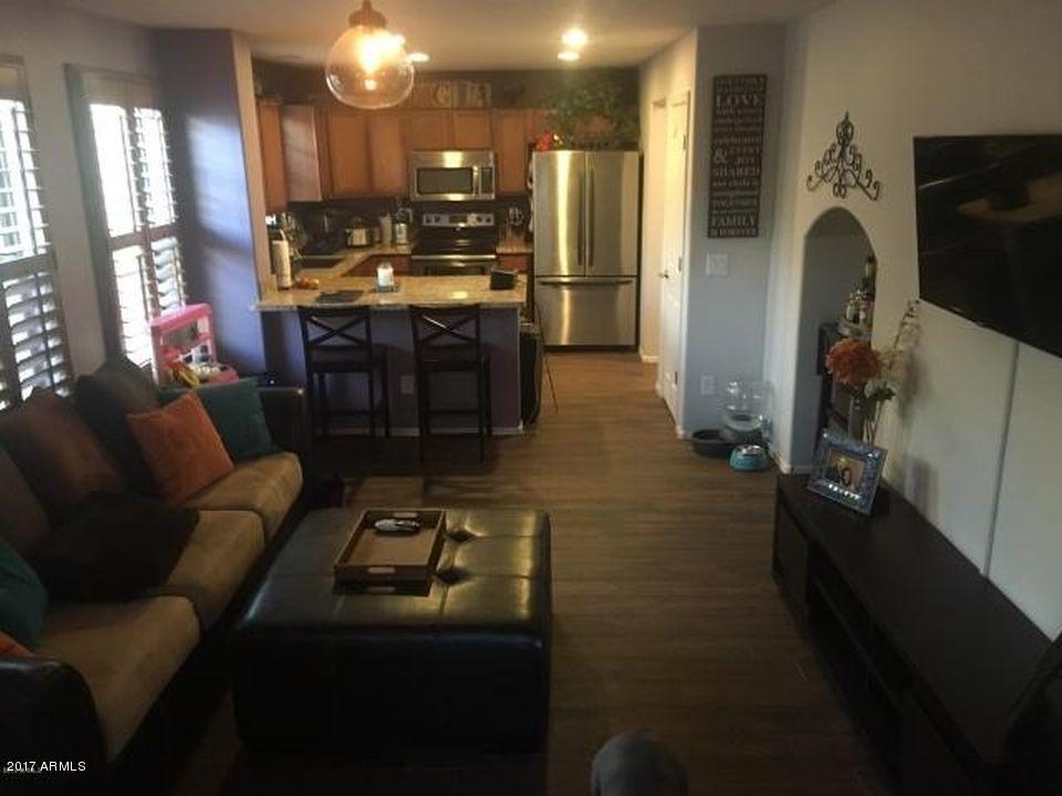 1706 S MARTINGALE Road, Gilbert, AZ 85295