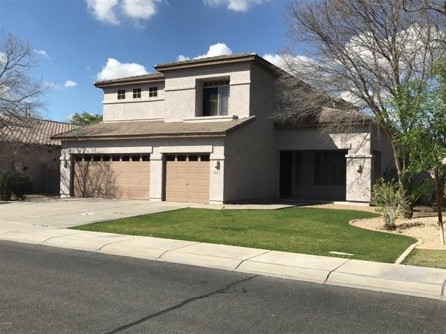 1714 E PARK Avenue, Gilbert, AZ 85234