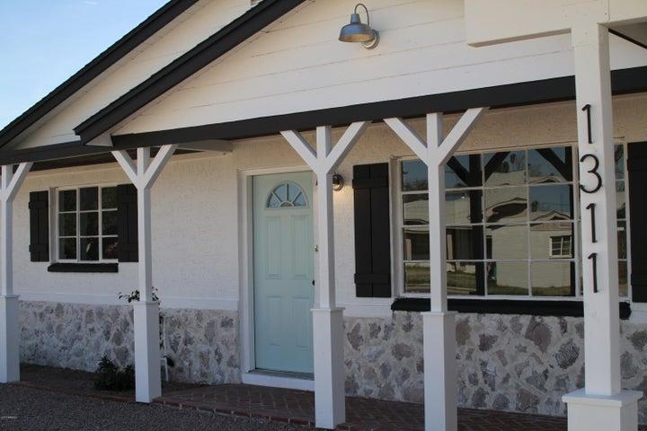 1311 W LAIRD Street, Tempe, AZ 85281