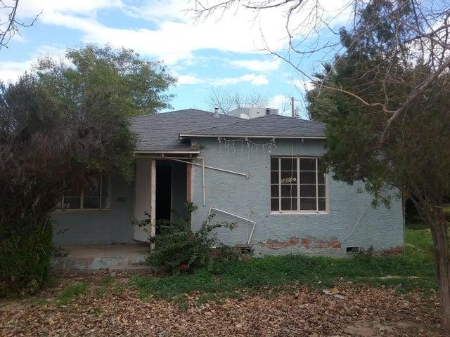 5811 S 9TH Street, Phoenix, AZ 85040