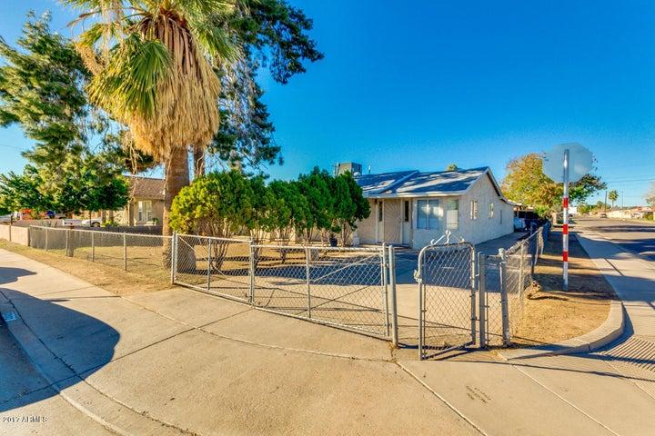 3302 W PALM Lane, Phoenix, AZ 85009