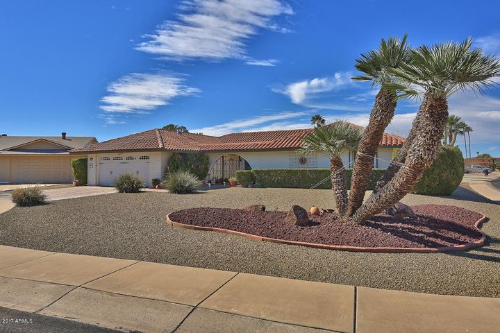 10125 W WILLOW CREEK Circle, Sun City, AZ 85373