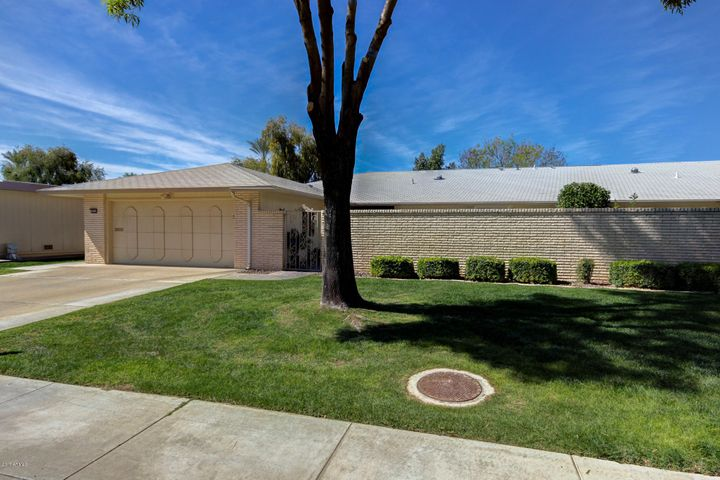 18234 N 104TH Avenue, Sun City, AZ 85373