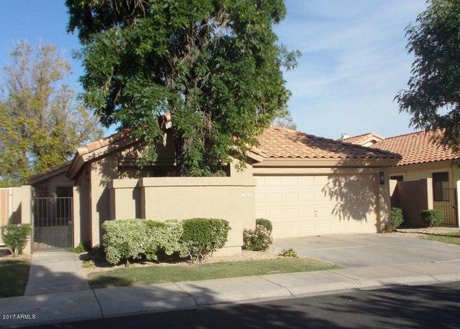9109 S GRANDVIEW Drive, Tempe, AZ 85284