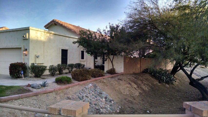 9657 E SUTTON Drive, Scottsdale, AZ 85260