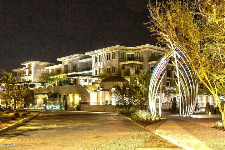 3801 N GOLDWATER Boulevard, 302, Scottsdale, AZ 85251