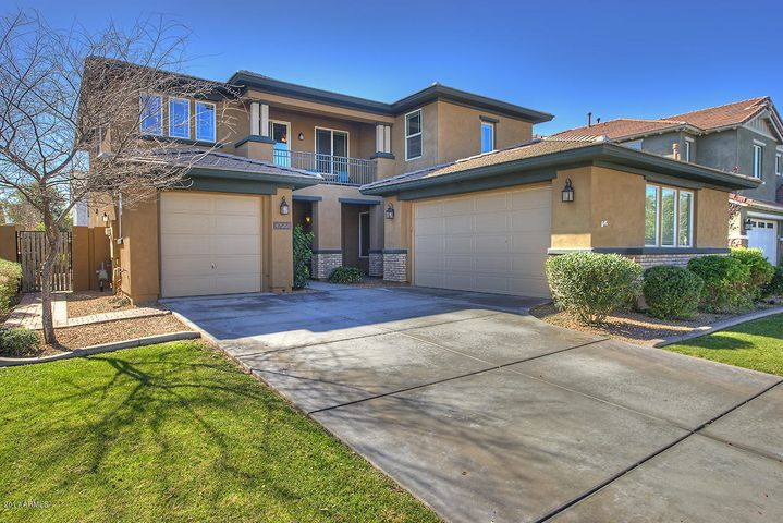 3955 E MESQUITE Street, Gilbert, AZ 85296